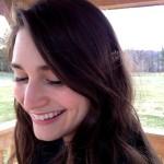 Elise Burke headshot